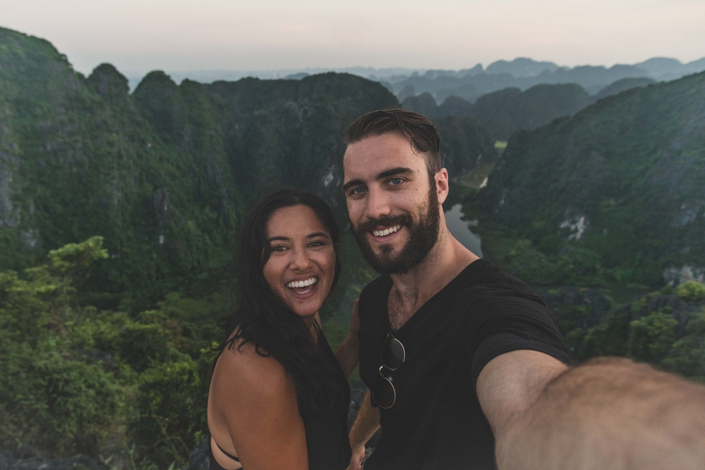 selfie on top of hang mua vietnam