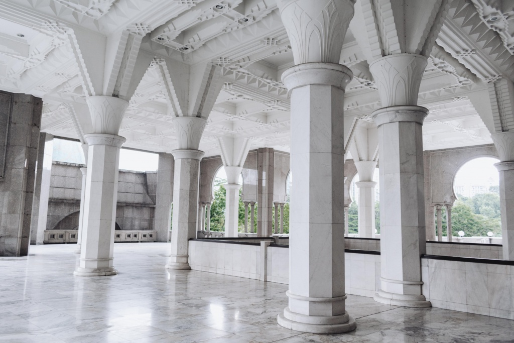 architecture of the federal territory mosque in kuala lumpur